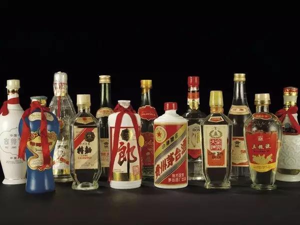 荆州五斤陈酿茅台酒瓶子回收一套价格一览表
