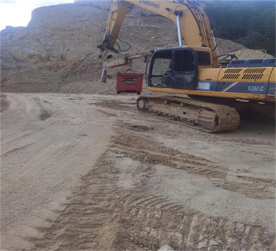 洞口扩宽劈裂机、分石器-机械制造:册亨县