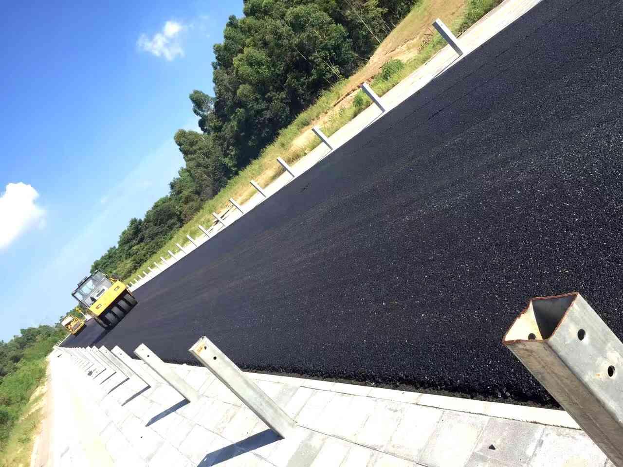 西南透水瀝青路面工程施工