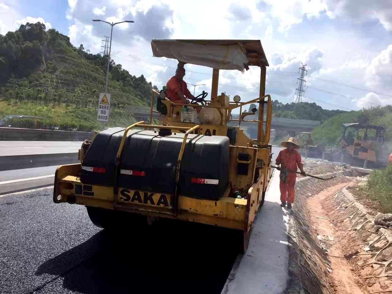 沙田摊铺高速公路沥青施工多少钱