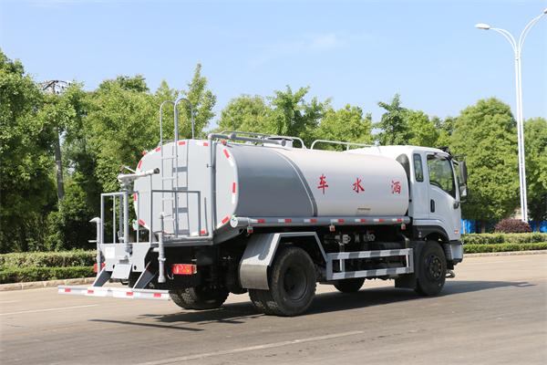 广东梅州洒水车销售网点厂家电话