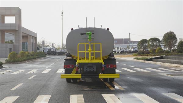 湖南永州消防洒水车经销点5吨洒水车价格