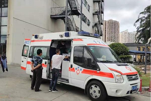 井冈山市长途120救护车出租—带呼吸机