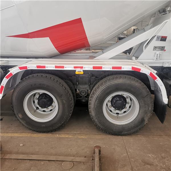 国六10方后八轮混凝土罐车昭通市价格卖多少
