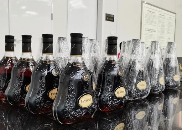 南宋镇百乐廷洋酒回收-中文也就是价格多少钱-鼎泰洋酒回收商行