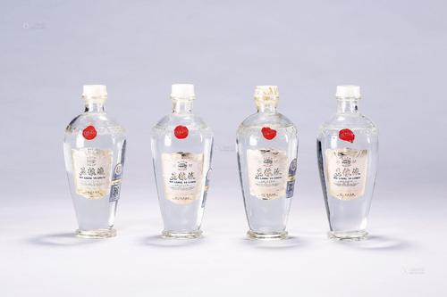 龙华回收茅台酒-回收八色系列茅台酒--回收茅台酒