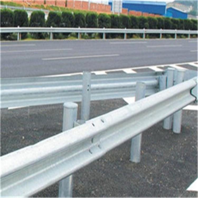 浠水2021公路波形护栏板每米报价