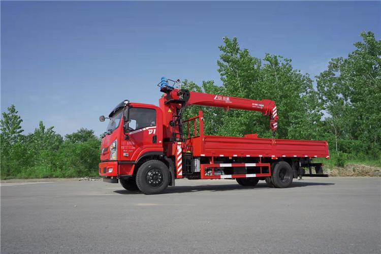 海南藏族自治州福田3.2吨随车吊哪里购买--欢迎您