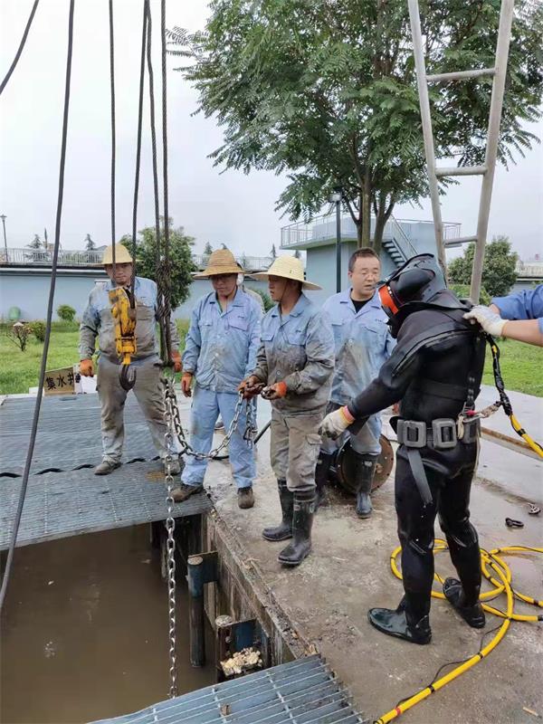 玉溪市水下切割钢筋笼公司——蛙人潜水单位