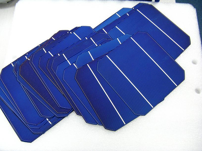 保山昌宁回收二手太阳能电池板 太阳能电池片回收找哪家
