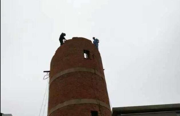 开封市安装烟囱爬梯公司=烟囱刷油漆公司