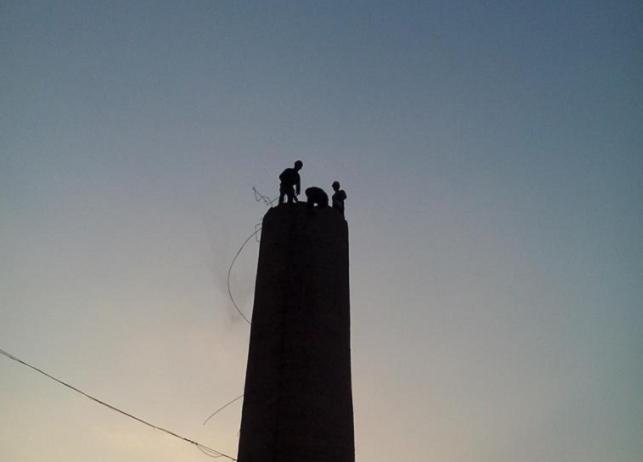 自贡市烟囱画画公司=烟囱制作安装检查台公司