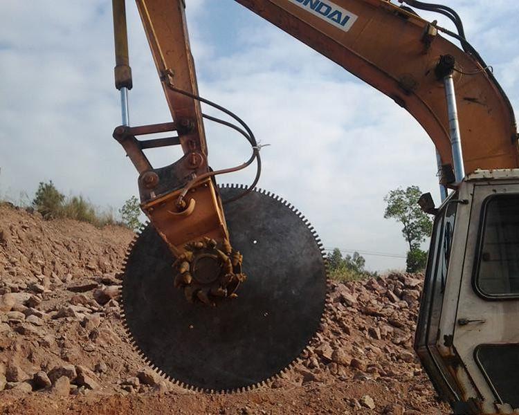 湖南长沙液压挖改锯石机
