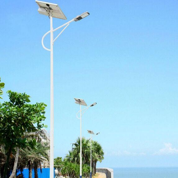 丰润区太阳能路灯厂家详细配置