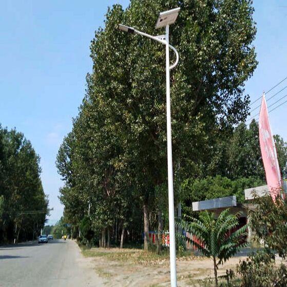 石景山哪家做太阳能路灯整套多钱