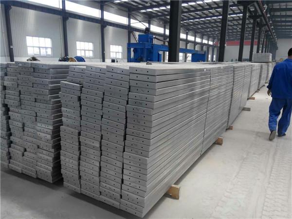 白云鄂博矿区2米热镀锌钢跳板经销商
