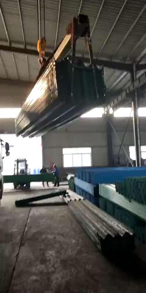 长春榆树专业回收波形护栏板2021