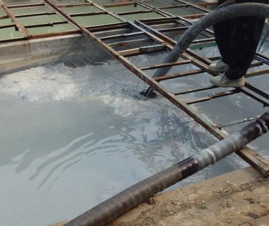南京市鼓楼区湖南路街道清理集淤池全城服务