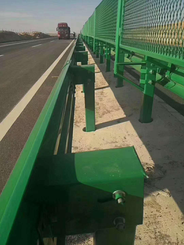 三明市永安市波形护栏板专业生产厂家