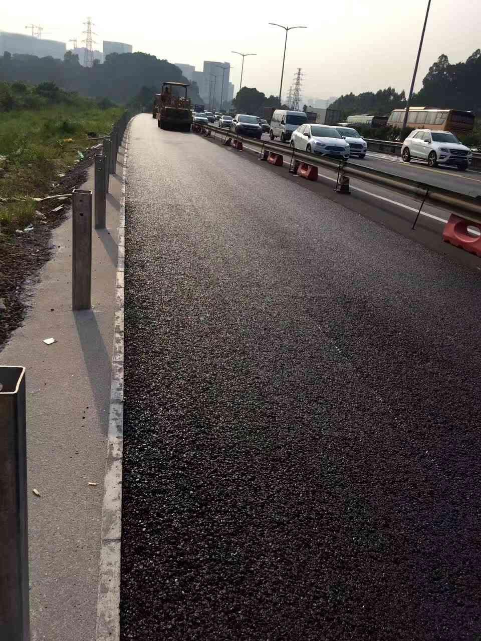 澄海广益路面沥青摊铺施工